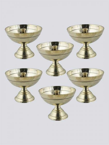 Handmade Engraved Design Indian Pooja Brass Diya