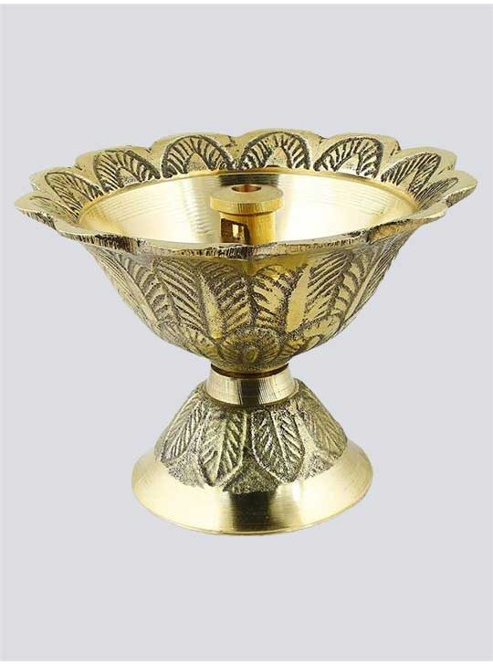 Handmade Engraved Design Indian Pooja Brass Diya