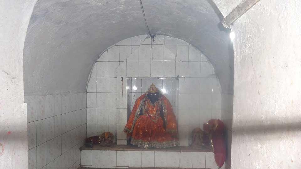 maa-pataal-davi-shrimathuraji