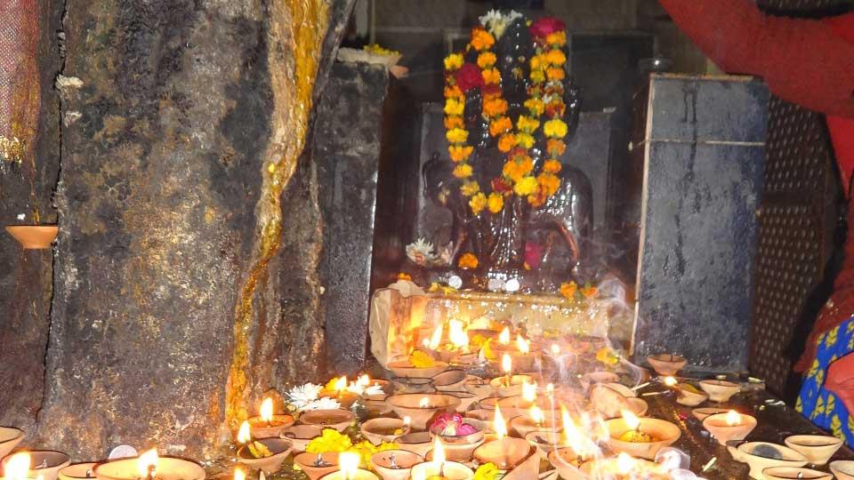shani-maharaj-shrimathuraji