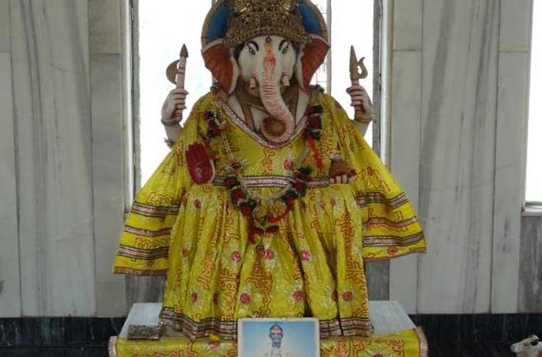 Shri Ganesh Pagal Baba Temple