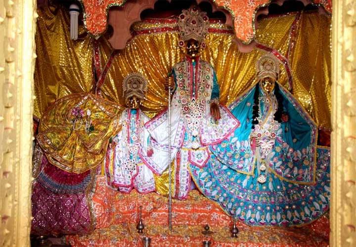 Shri Kirtida Mataji Vrishbhanu Baba and Sridama at Barsana