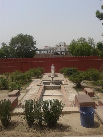 Garrun Bhagwan Darsan at Birla Mandir Mathura