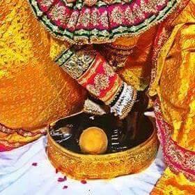 Charan Darsan Shri Banke Bihari Ji Vrindavan