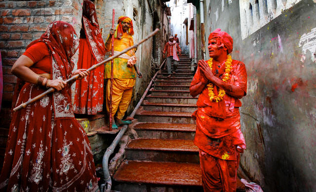 Lathmar Holi Festival of Colors at Barsana Brij Galiya