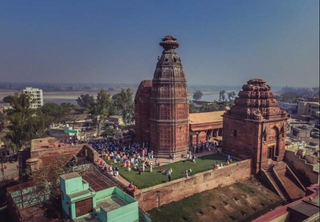 Shri Madan Mohan Temple Vrindavan