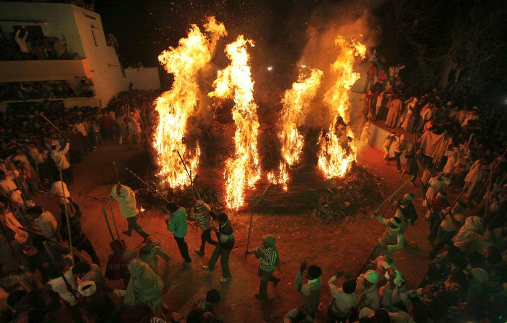 Holi festival in Mathura Gaon