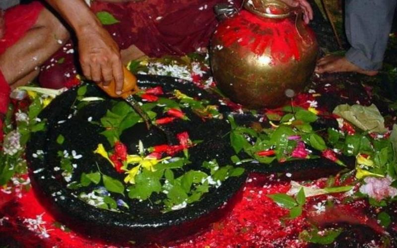 badrinath shiv linga