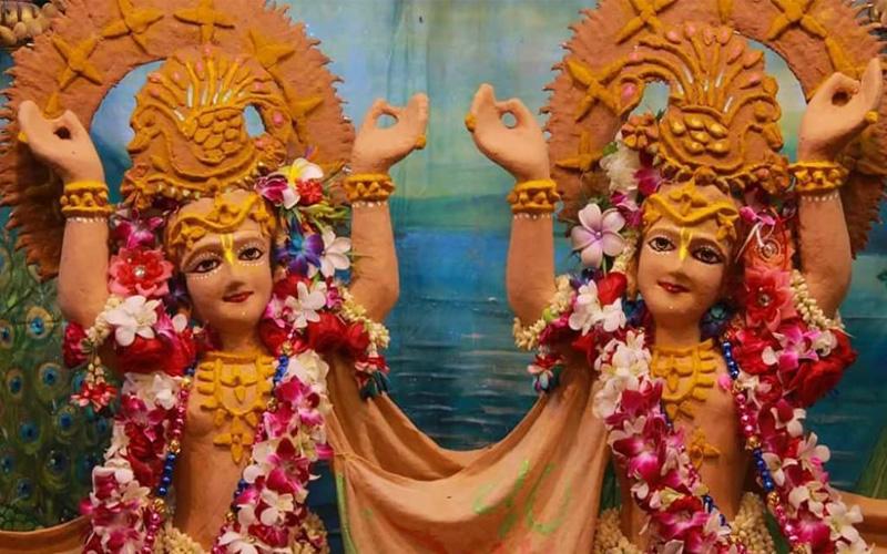 Akshaya Tritiya Sringar Iskcon Temple Vrindavan