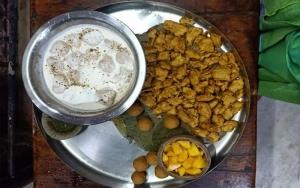 Shri Banke Bihari Ji Baal Bhog Seva