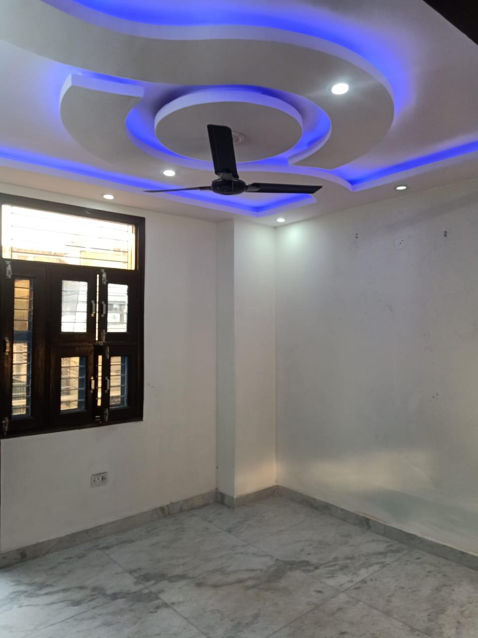 Property in Uttam Nagar